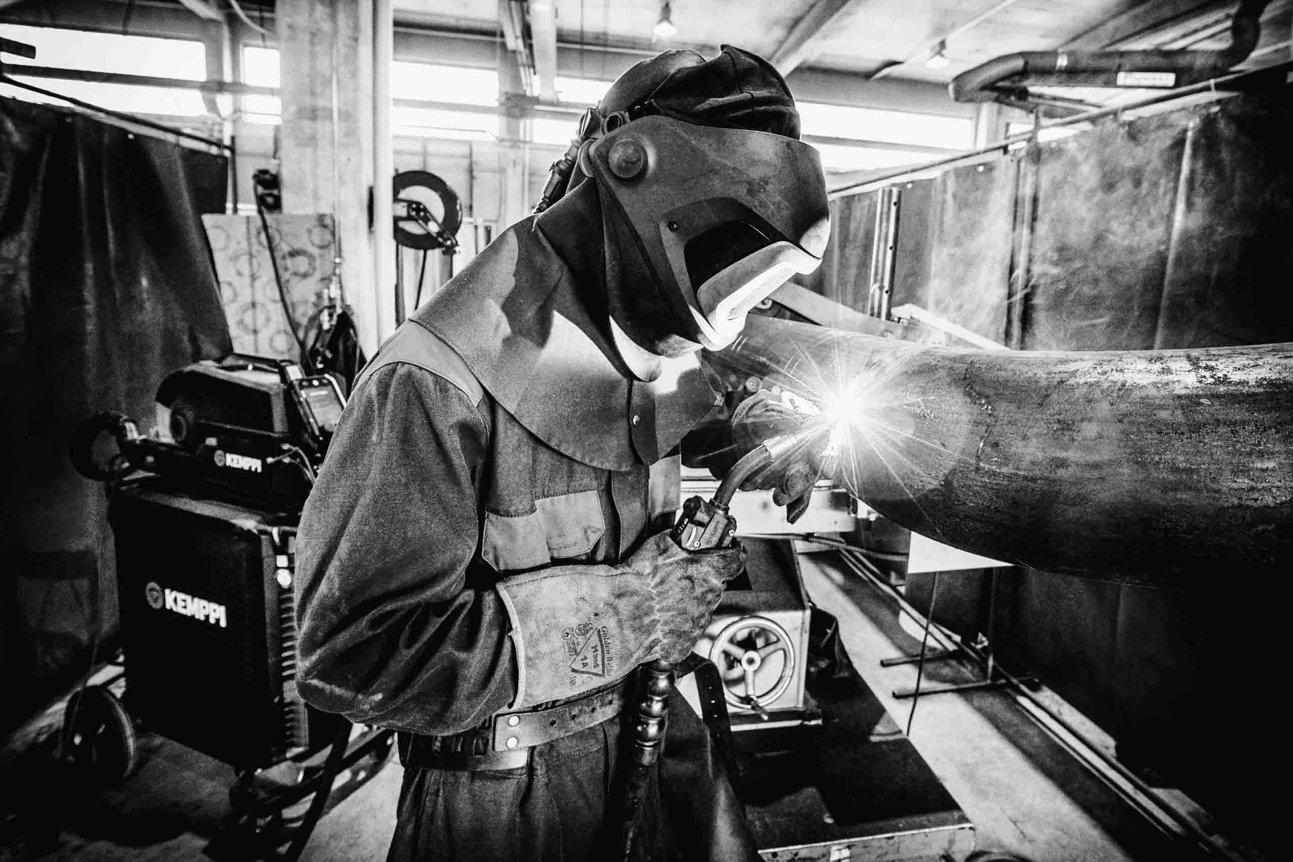Halikko Steelin putkiliiketoiminta ja konekanta Sihyn omistukseen